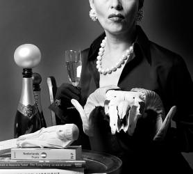 Als Frau M - zelfportret ©Mylène Siegers
