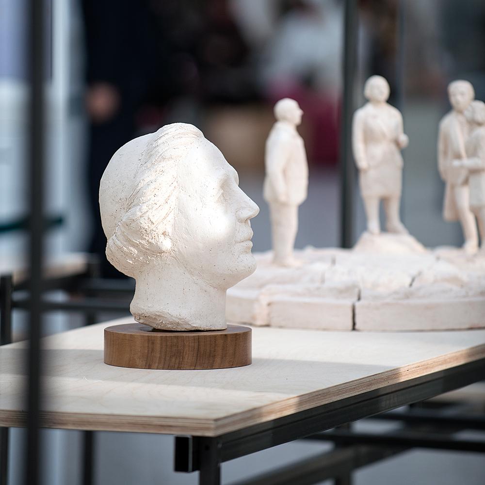 Juliana uit de tentoonstelling 'Welke kleur hebben onze Haagse monumenten?'